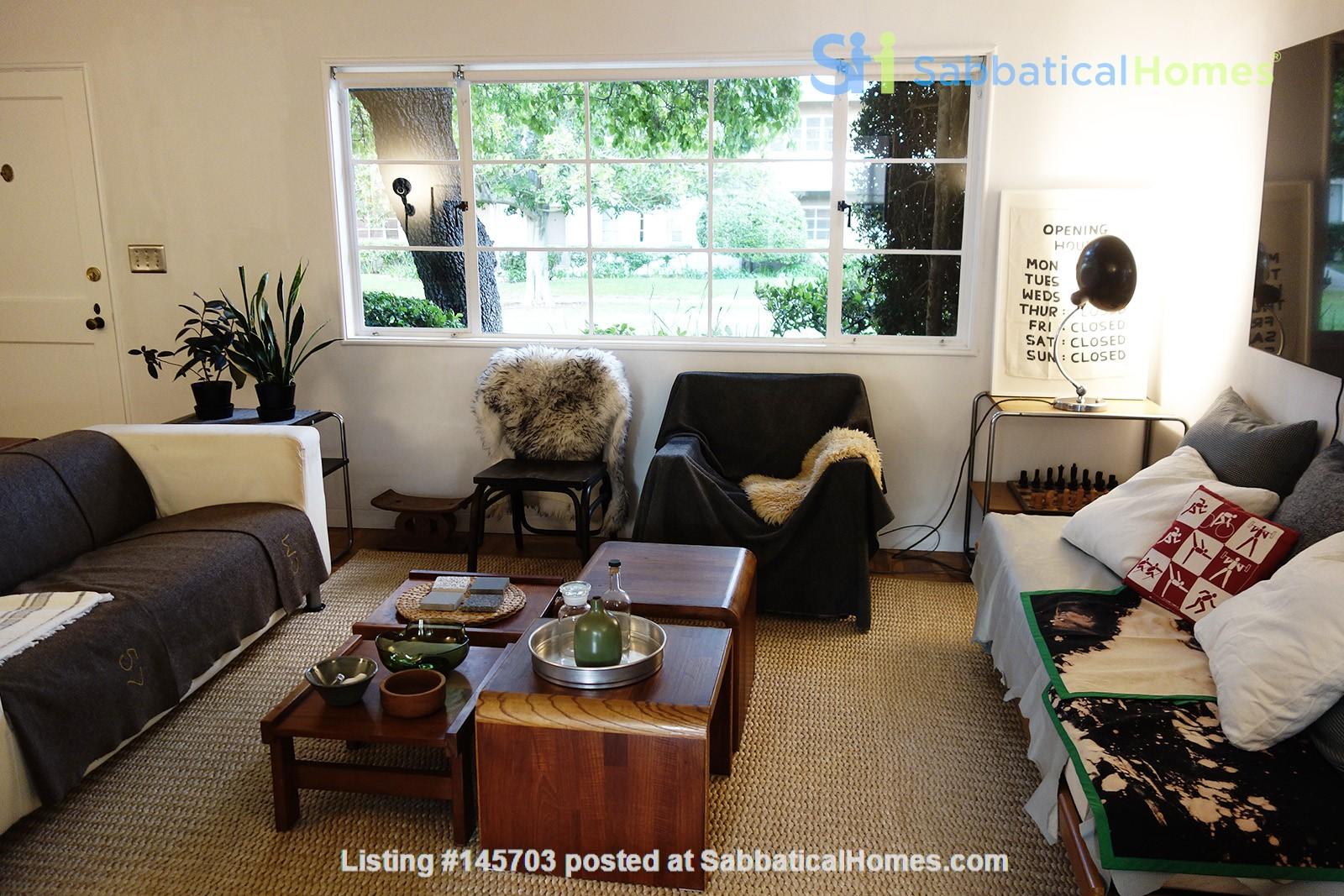 Light-filled 2BR townhouse with large patio in urban oasis in Los Angeles Home Rental in Los Angeles, California, United States 3