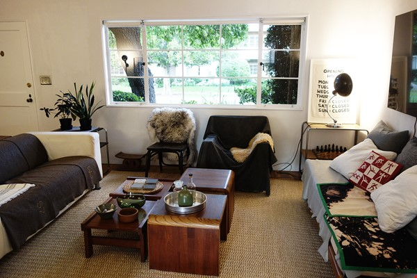 Light-filled 2BR townhouse with large patio in urban oasis in Los Angeles Home Rental in Los Angeles 3 - thumbnail
