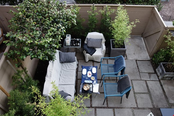 Light-filled 2BR townhouse with large patio in urban oasis in Los Angeles Home Rental in Los Angeles 2 - thumbnail