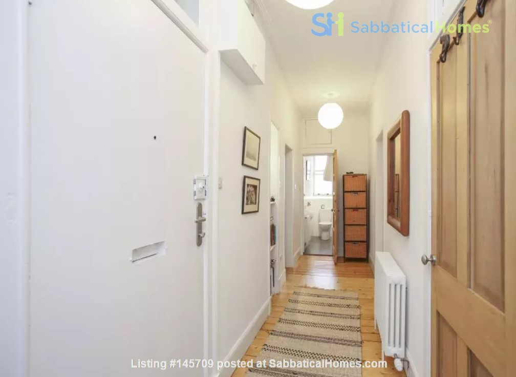 Bright single bedroom available for academic tenant Home Rental in Edinburgh, Scotland, United Kingdom 7