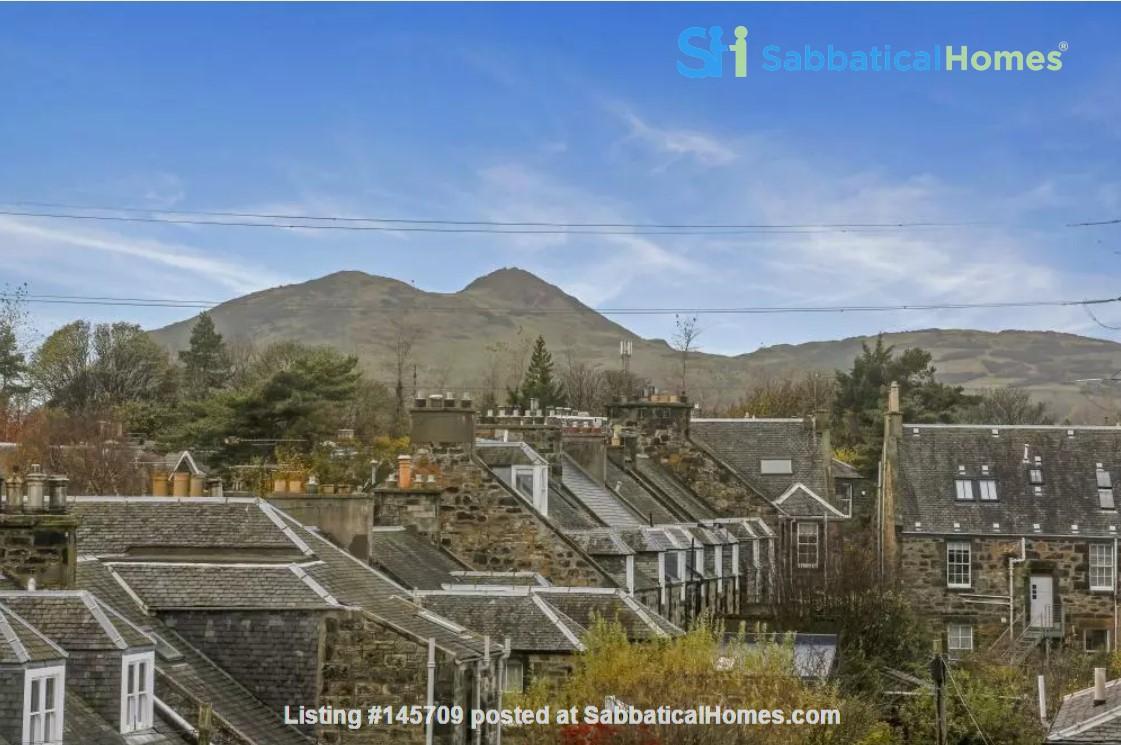Bright single bedroom available for academic tenant Home Rental in Edinburgh, Scotland, United Kingdom 1