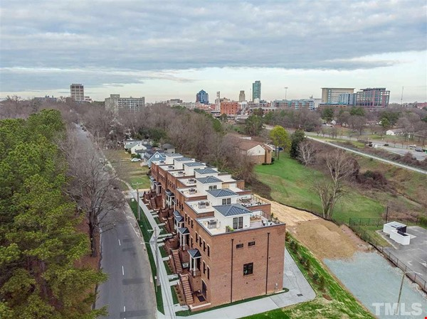 Furnished Brand New Studio Walkable to Duke and Downtown Durham Home Rental in Durham 0 - thumbnail