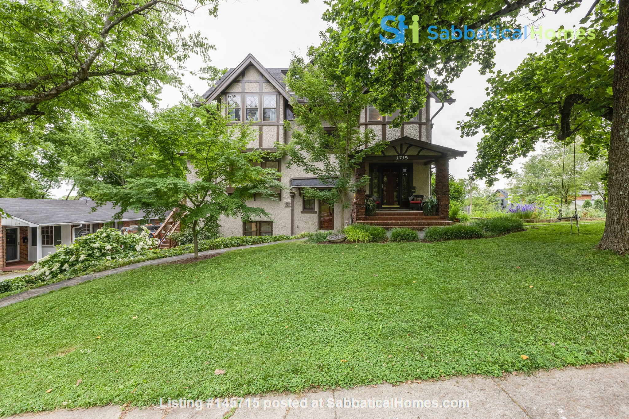 5 BR/3 + 2 BA Historic gem in Belmont-Hillsboro Home Rental in Nashville 0