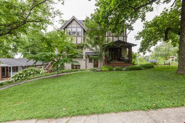 5 BR/3 + 2 BA Historic gem in Belmont-Hillsboro Home Rental in Nashville 0 - thumbnail