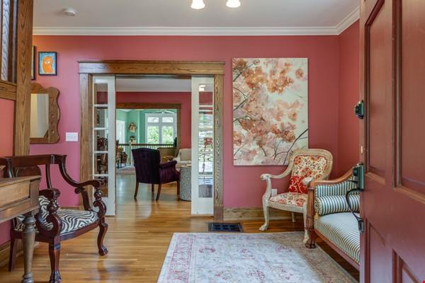 5 BR/3 + 2 BA Historic gem in Belmont-Hillsboro Home Rental in Nashville 2 - thumbnail