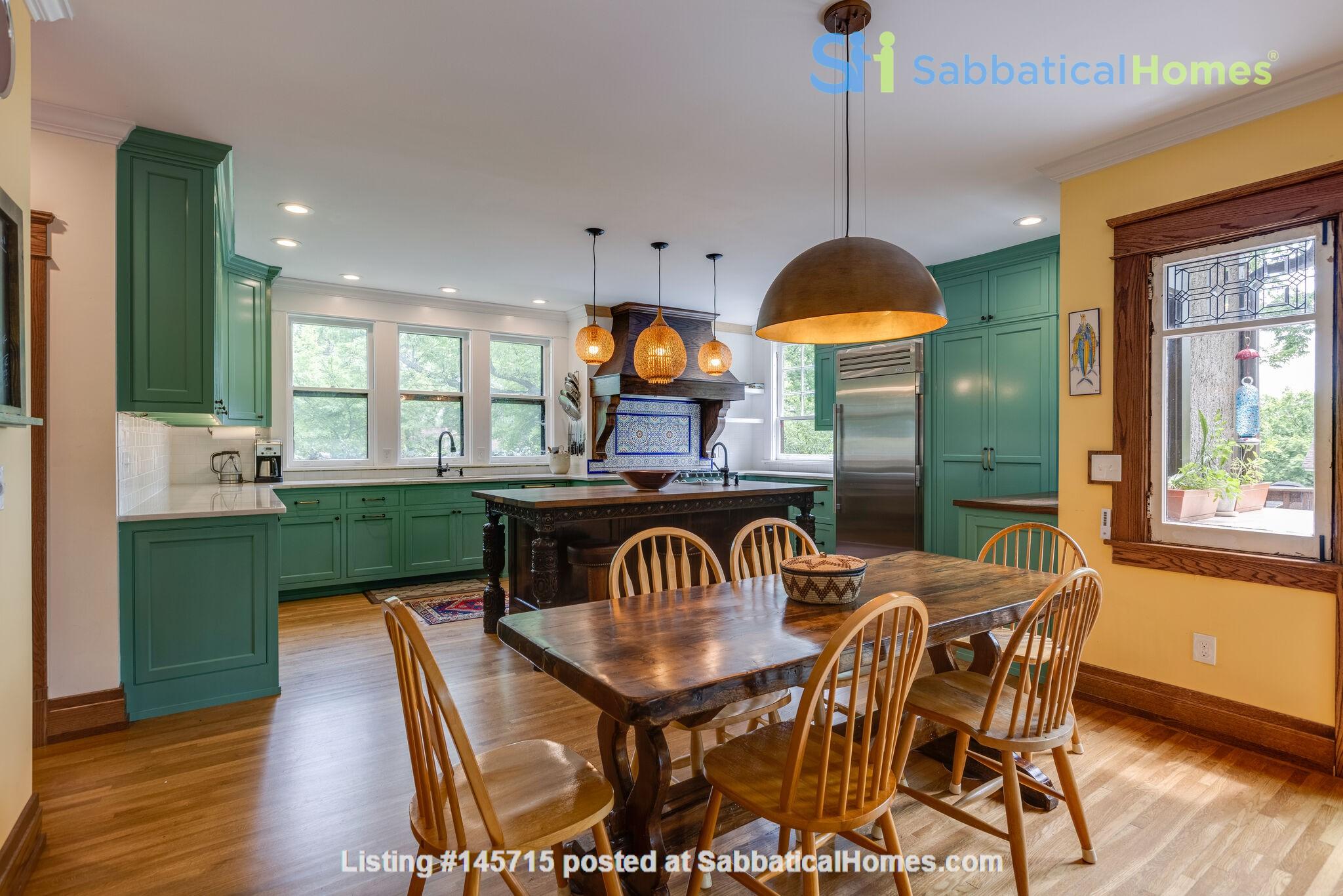 5 BR/3 + 2 BA Historic gem in Belmont-Hillsboro Home Rental in Nashville 1