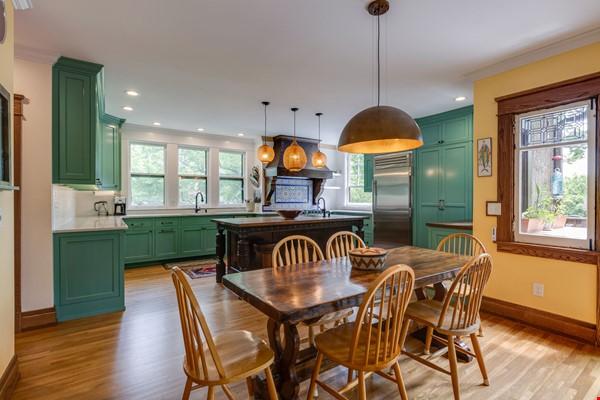 5 BR/3 + 2 BA Historic gem in Belmont-Hillsboro Home Rental in Nashville 1 - thumbnail