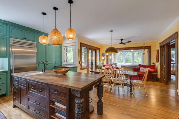 5 BR/3 + 2 BA Historic gem in Belmont-Hillsboro Home Rental in Nashville 4 - thumbnail