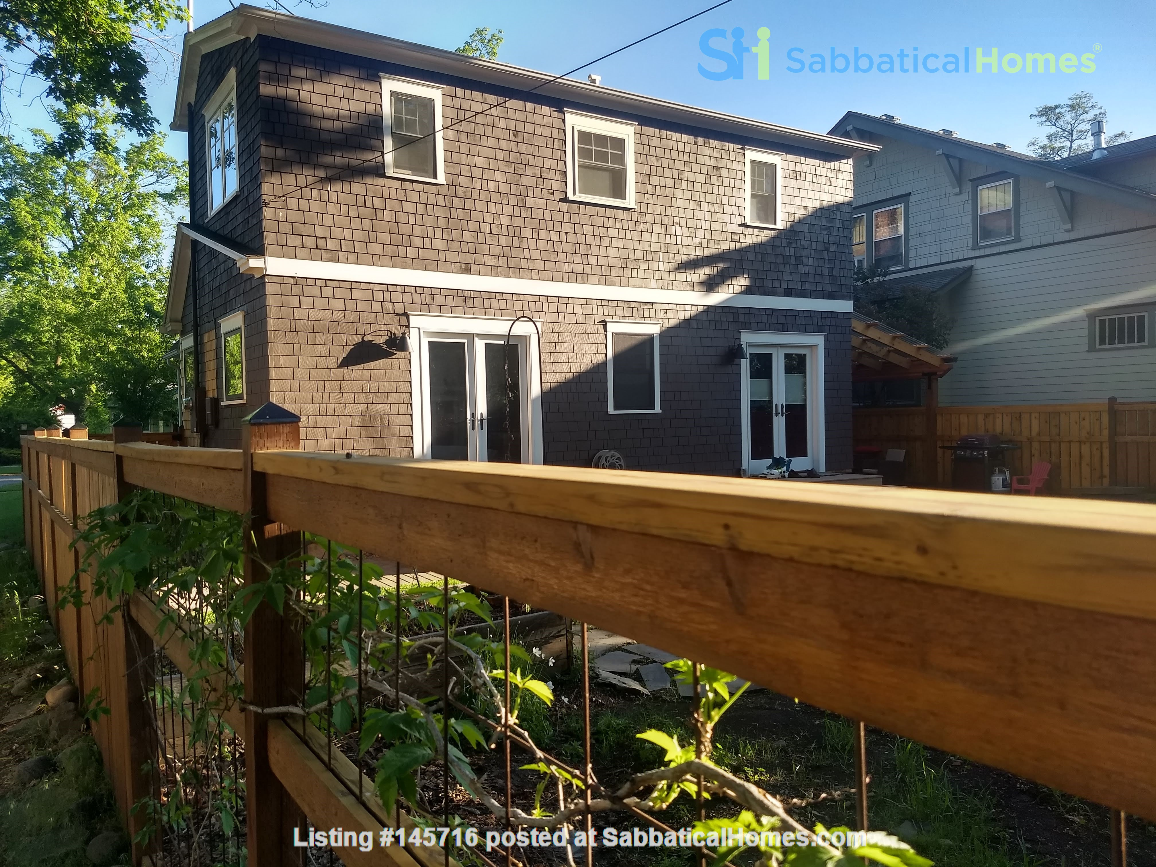 Fabulous family home one block from UM campus Home Rental in Missoula, Montana, United States 1