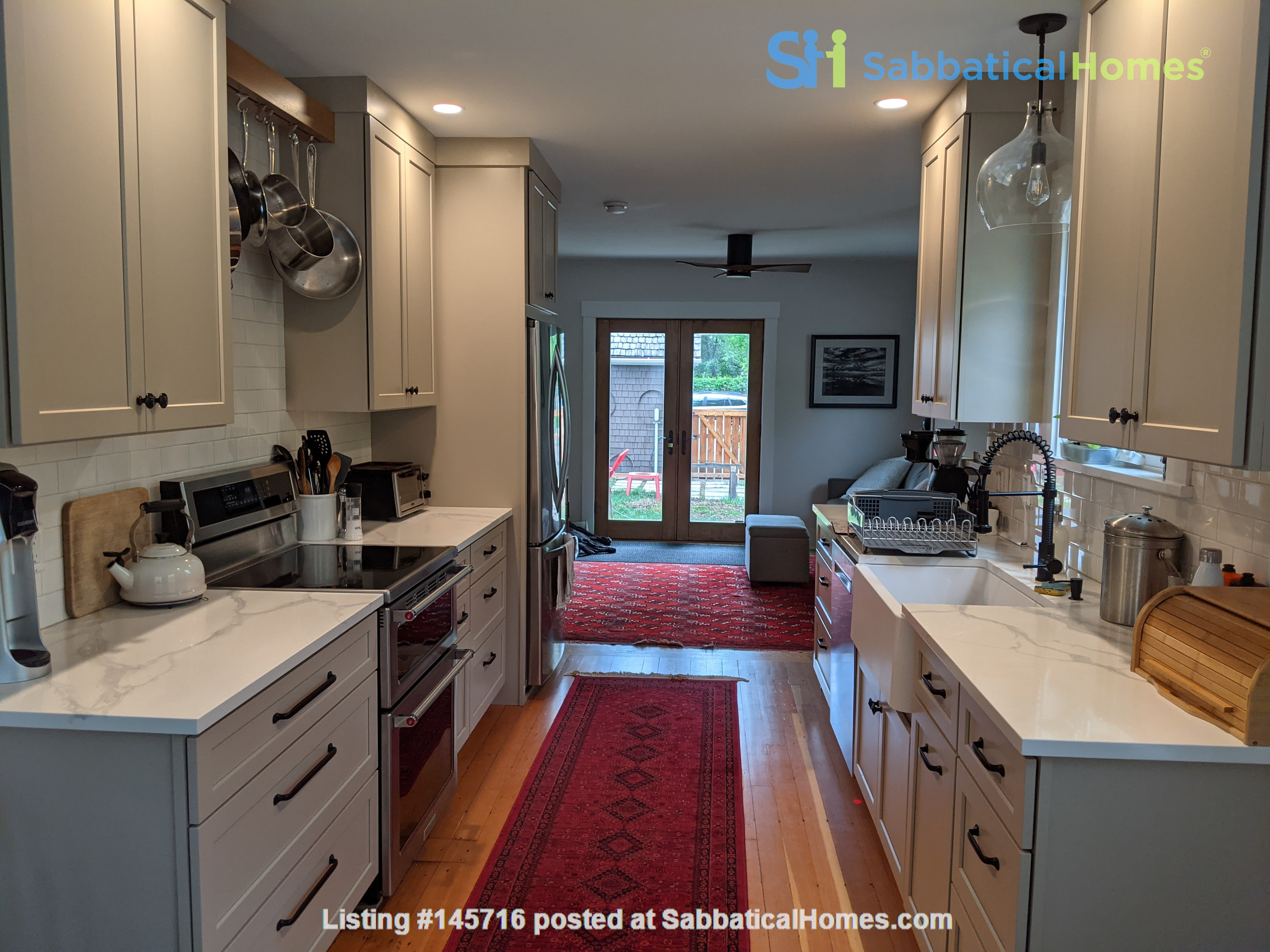 Fabulous family home one block from UM campus Home Rental in Missoula, Montana, United States 3