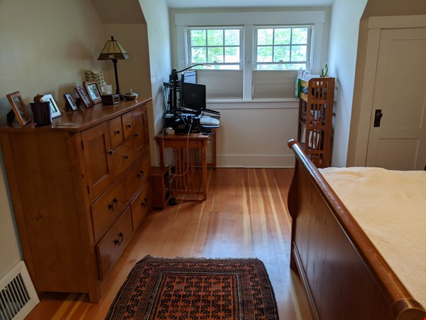 Fabulous family home one block from UM campus Home Rental in Missoula 7 - thumbnail