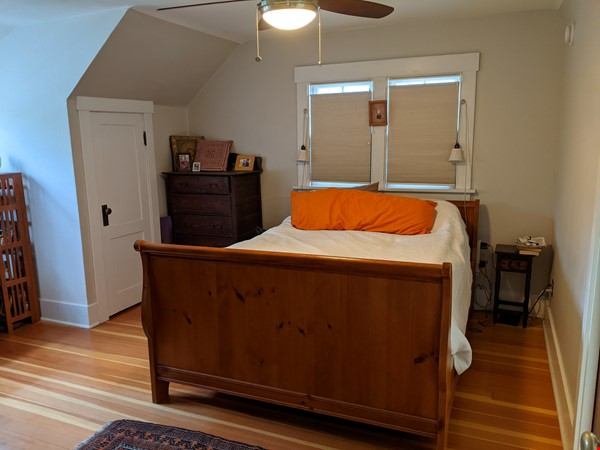 Fabulous family home one block from UM campus Home Rental in Missoula 6 - thumbnail