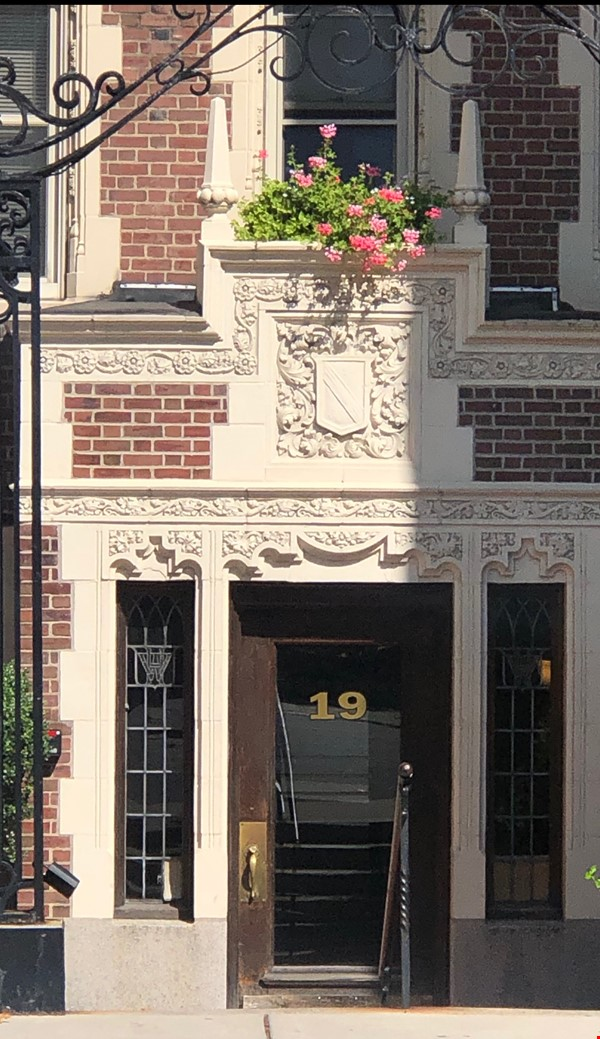 For Rent: A wonderful apartment in the heart of Harvard Square! Home Rental in Cambridge 0 - thumbnail