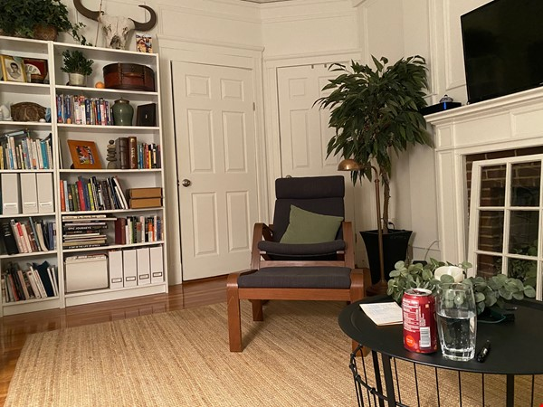 For Rent: A wonderful apartment in the heart of Harvard Square! Home Rental in Cambridge 1 - thumbnail