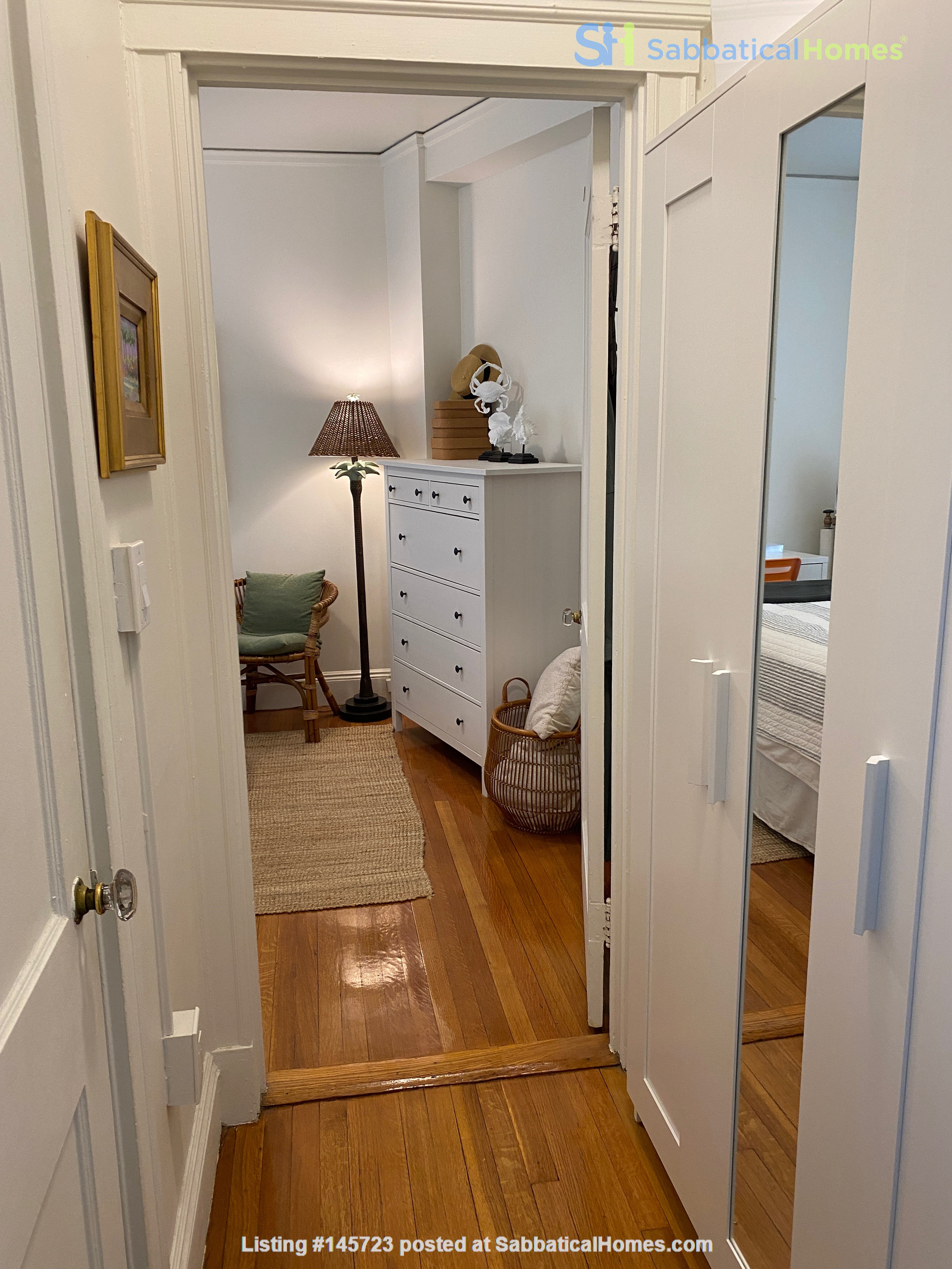 For Rent: A wonderful apartment in the heart of Harvard Square! Home Rental in Cambridge, Massachusetts, United States 5