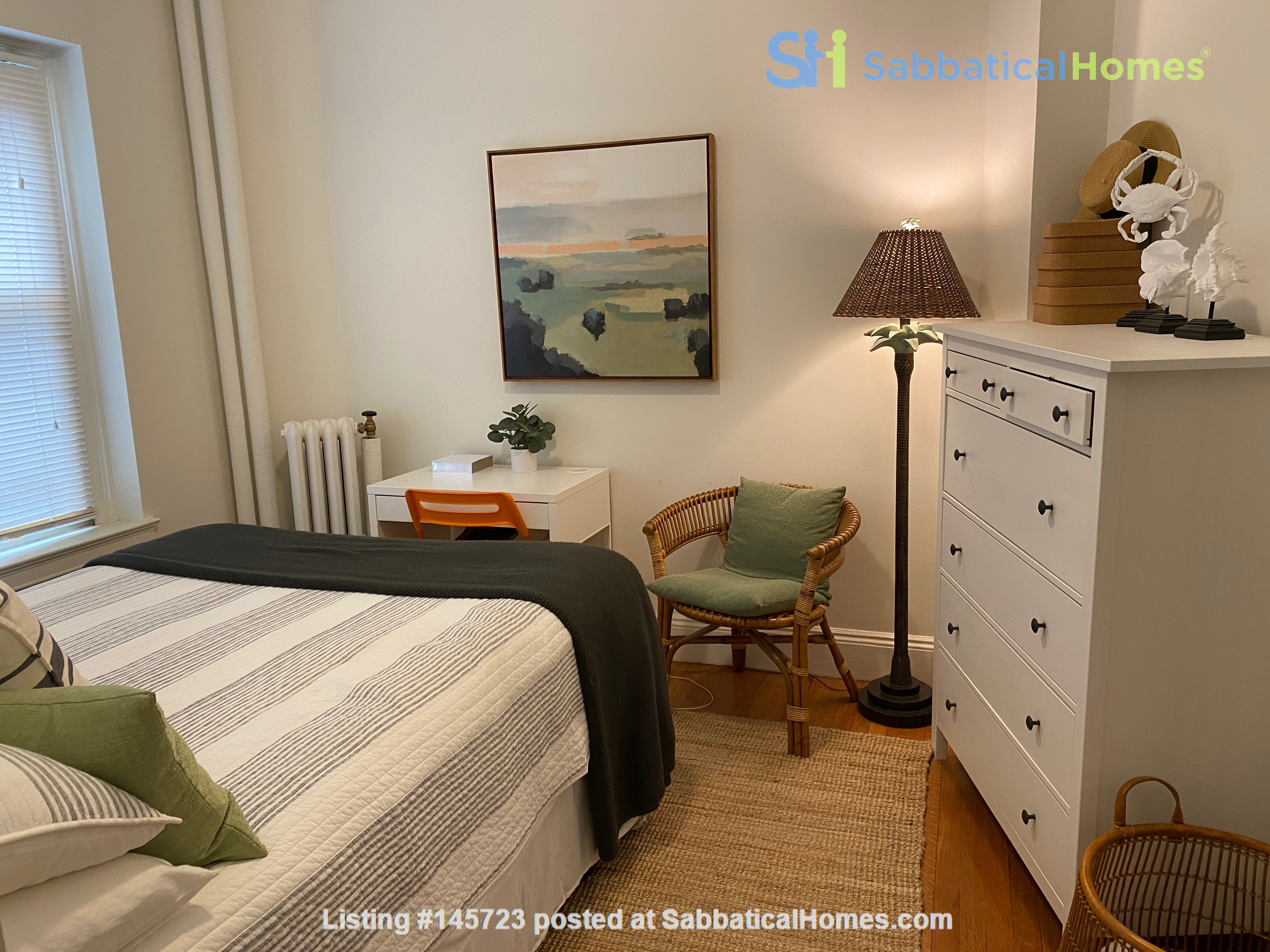 For Rent: A wonderful apartment in the heart of Harvard Square! Home Rental in Cambridge, Massachusetts, United States 6
