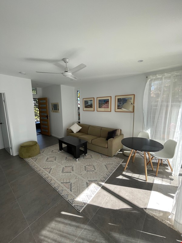 Contemporary self-contained newly built space, walk to UQ's St Lucia campus Home Rental in Annerley 3 - thumbnail