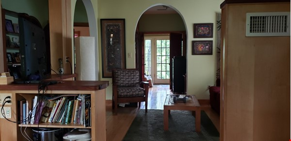 One or Two Bedroom  Getaway in Takoma Park Home Rental in Takoma Park 2 - thumbnail