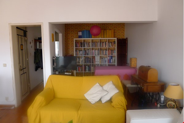 Sunny, central and quiet one-bedroom apartment - perfect for a couple Home Exchange in Lisboa 3 - thumbnail