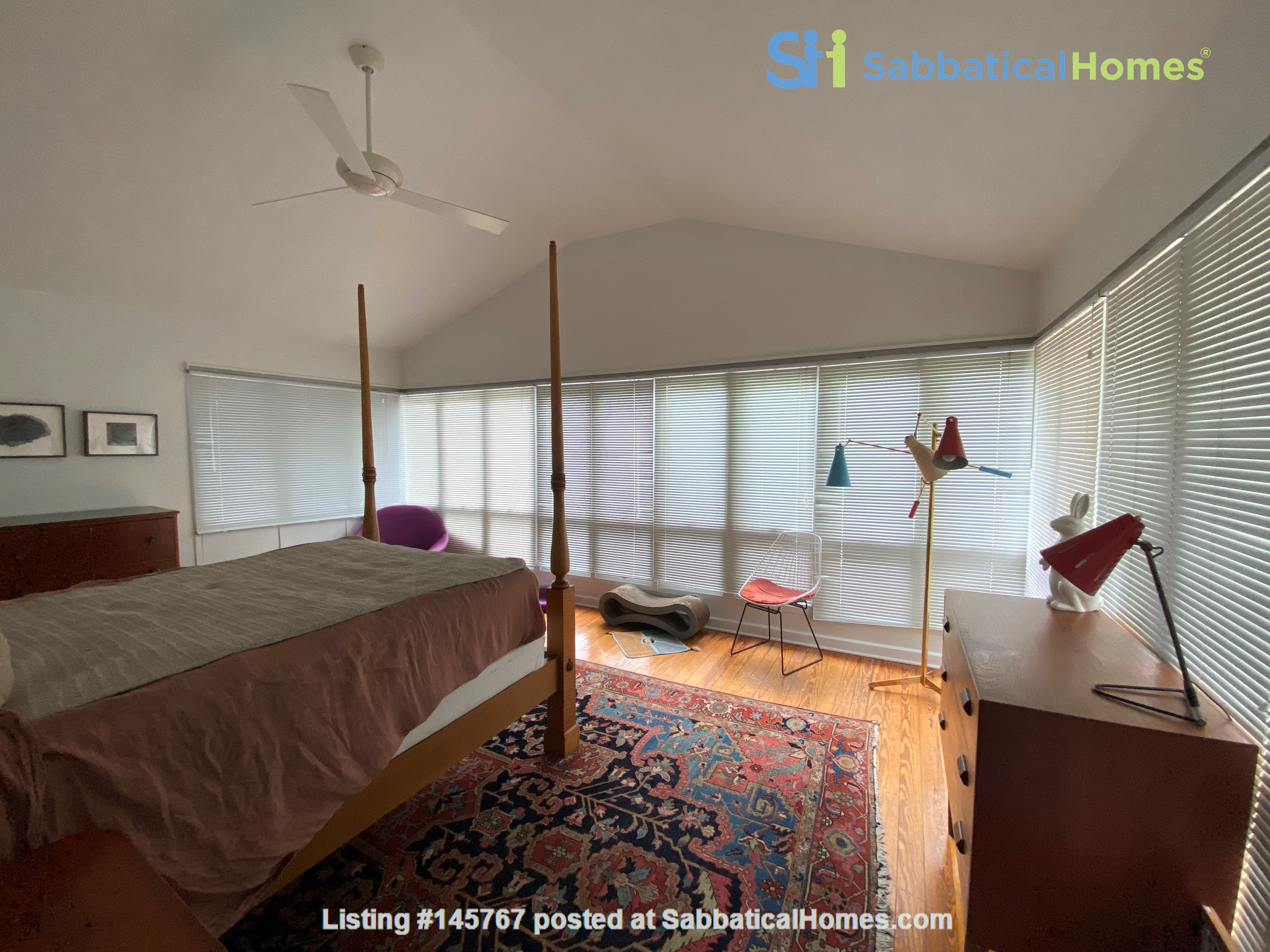Beautiful 1920s Craftsman House (furnished, home share) Home Rental in Austin 8