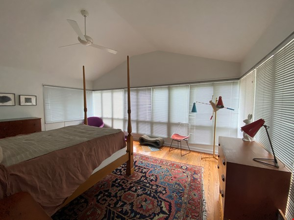 Beautiful 1920s Craftsman House (furnished, home share) Home Rental in Austin 8 - thumbnail