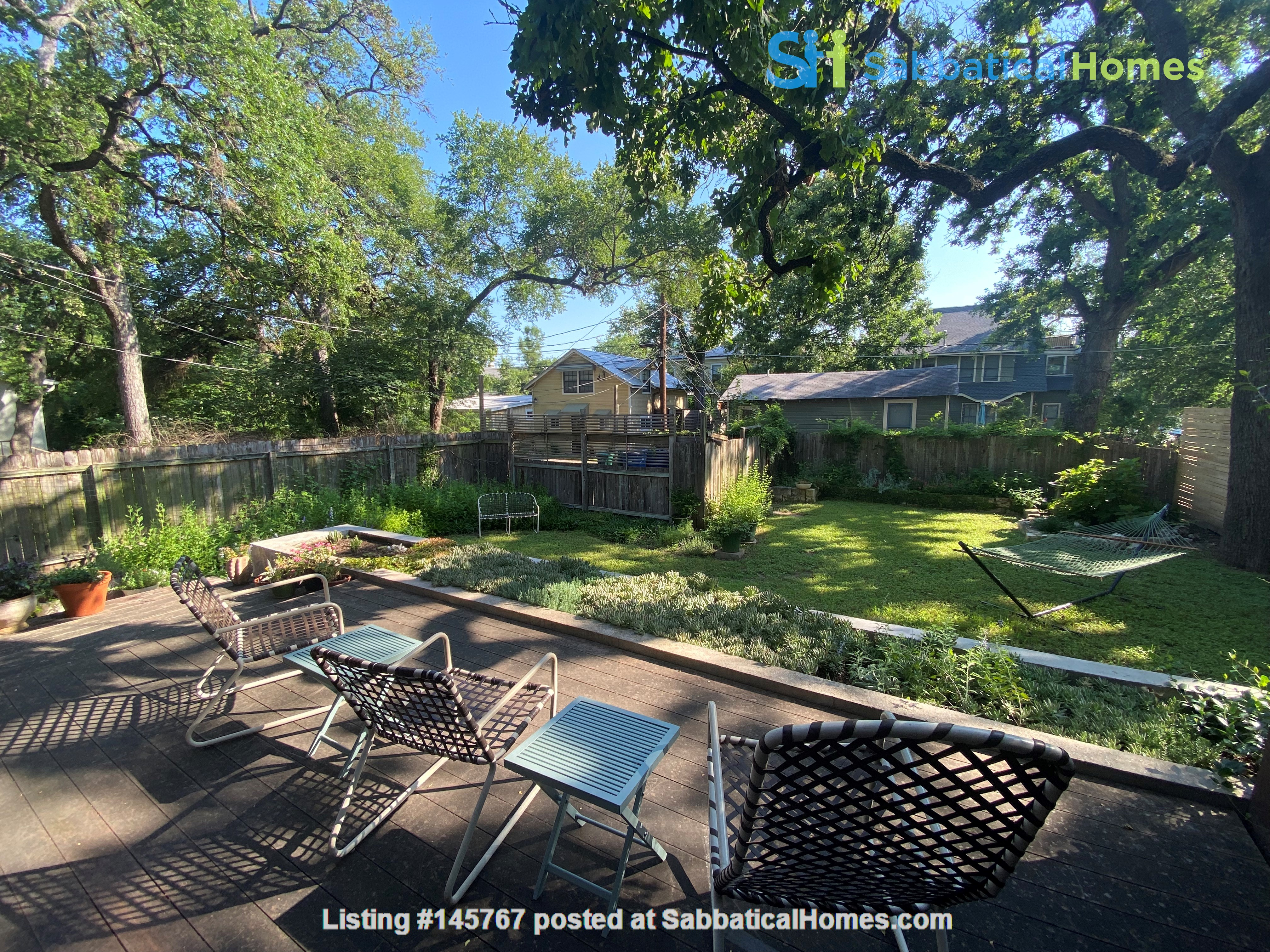 Beautiful 1920s Craftsman House (furnished, home share) Home Rental in Austin 5