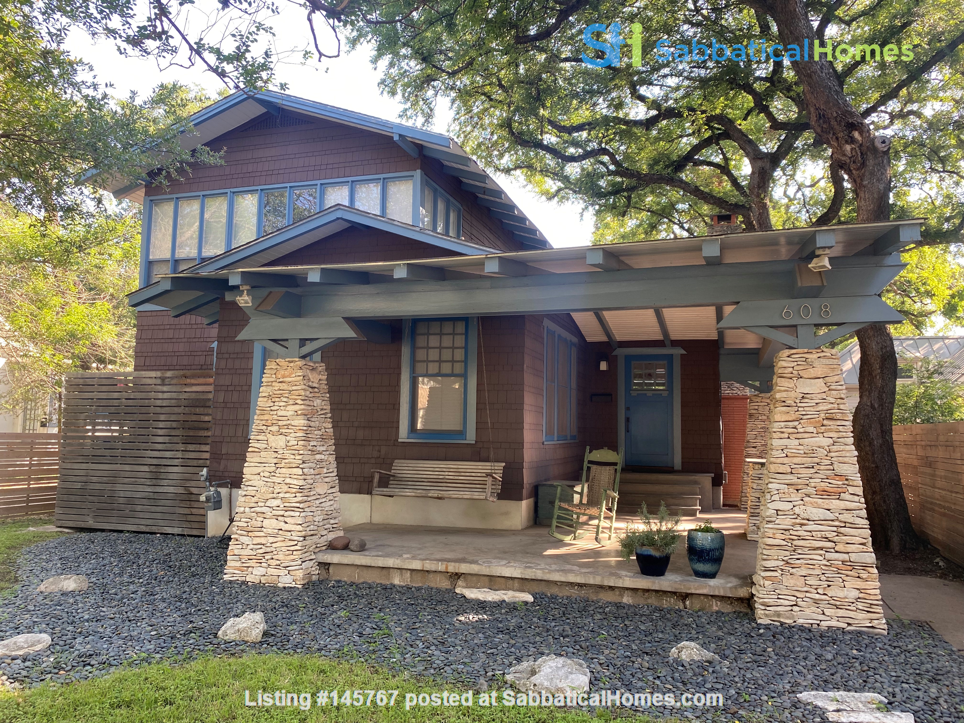 Beautiful 1920s Craftsman House (furnished, home share) Home Rental in Austin 0