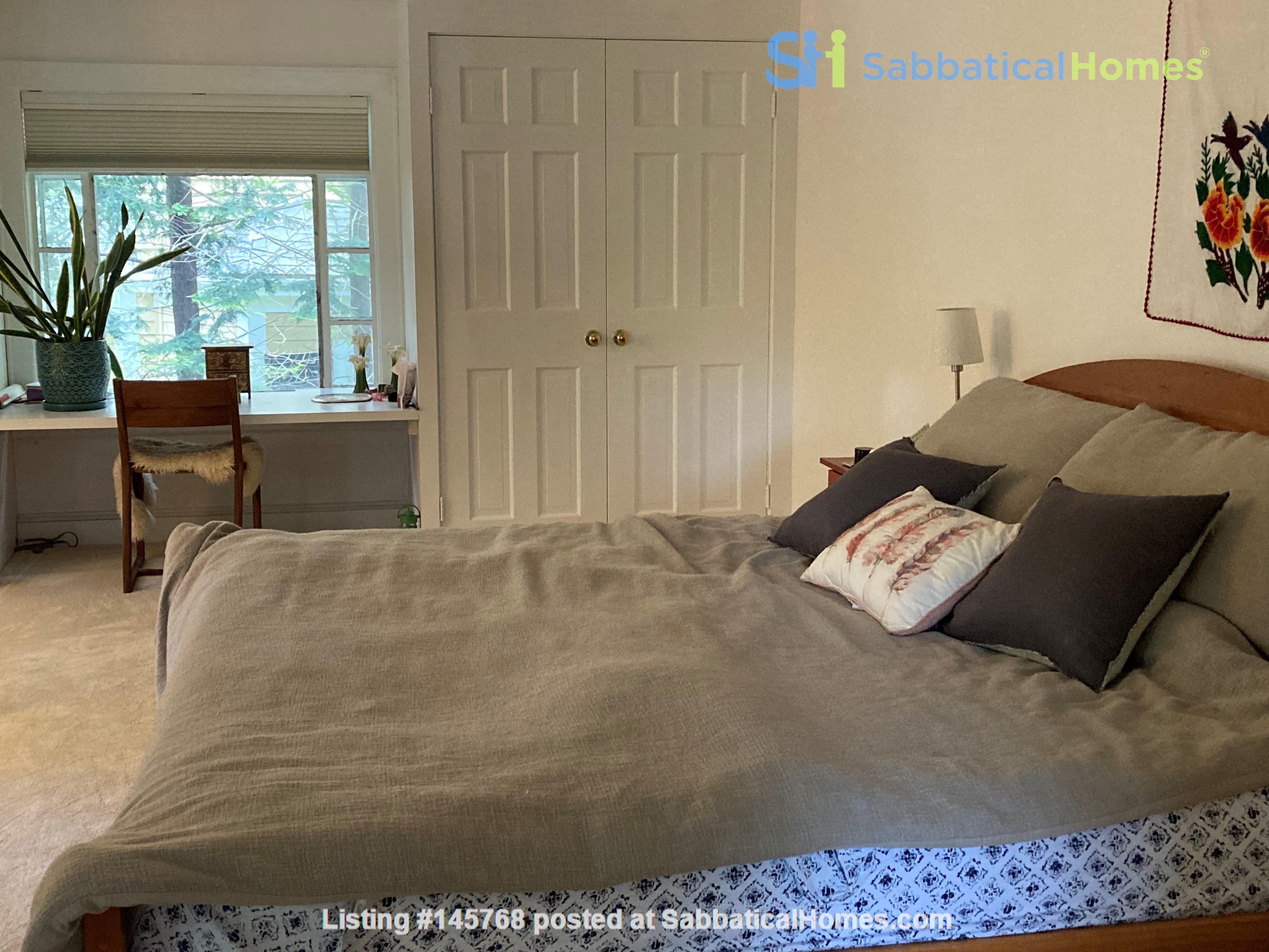 Beautiful home in quiet, historic Cambridge neighborhood near Harvard Home Rental in Cambridge 9