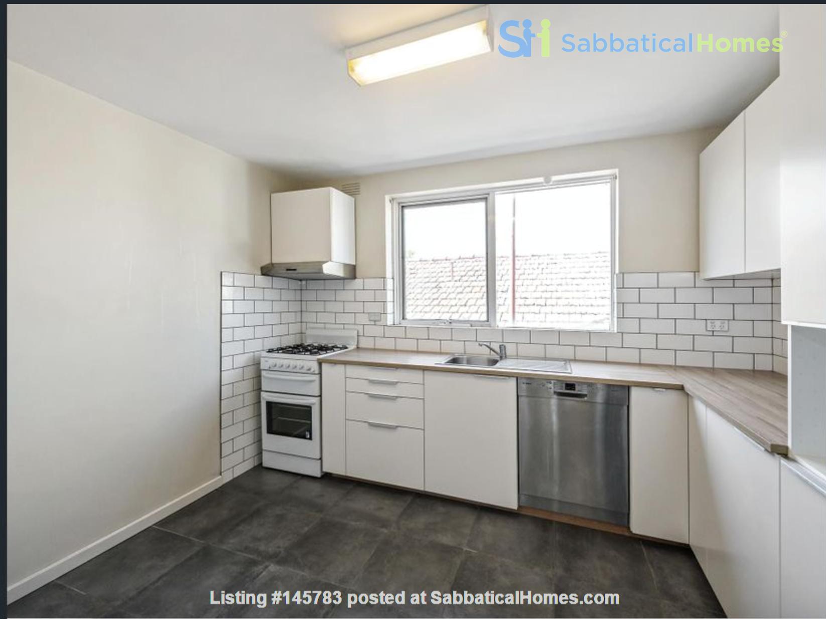 2 bedroom apartment in inner city Melbourne Home Rental in St Kilda East 0
