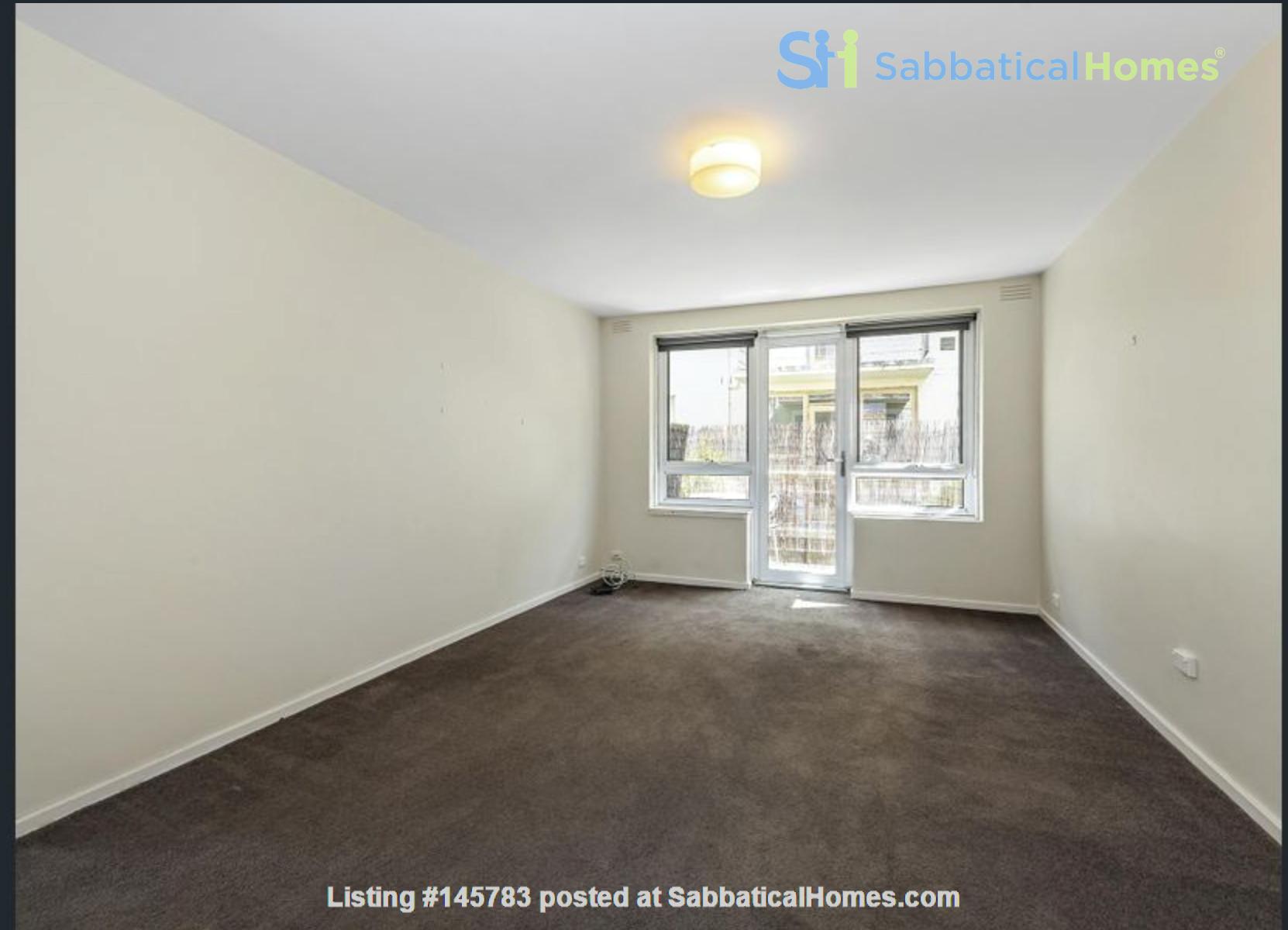 2 bedroom apartment in inner city Melbourne Home Rental in St Kilda East 1