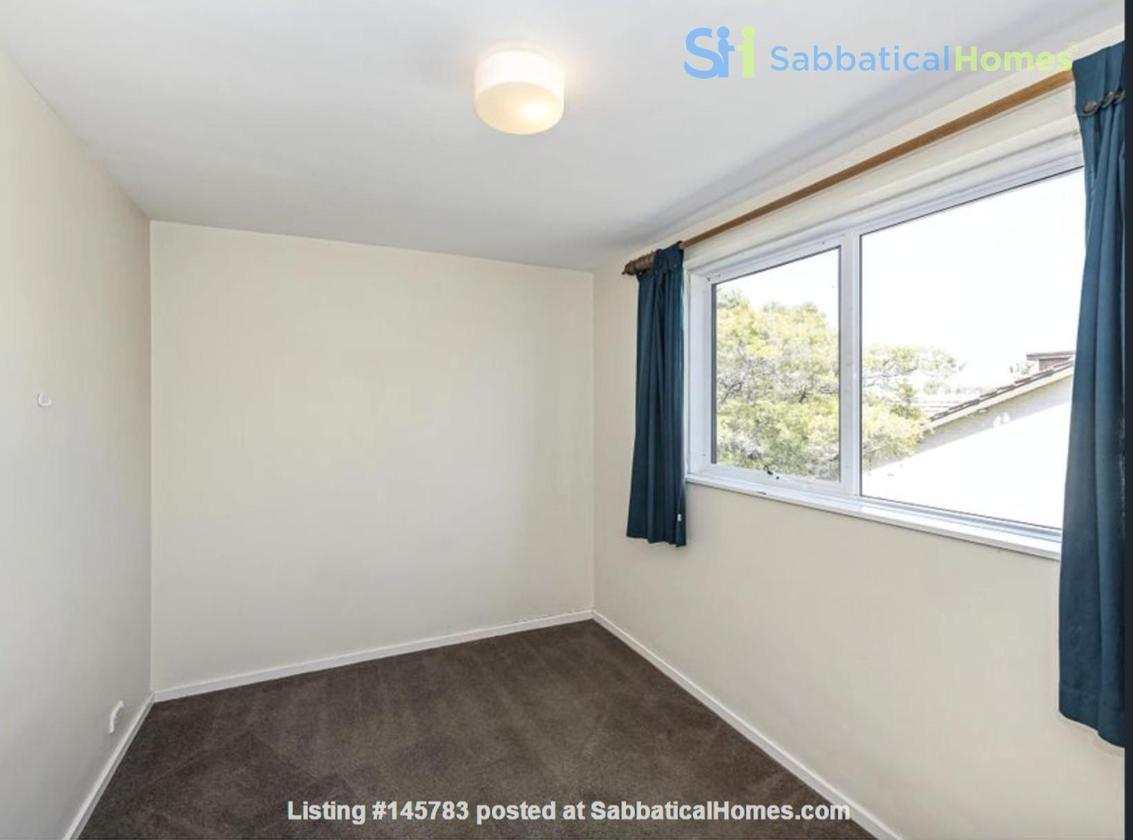 2 bedroom apartment in inner city Melbourne Home Rental in St Kilda East 5