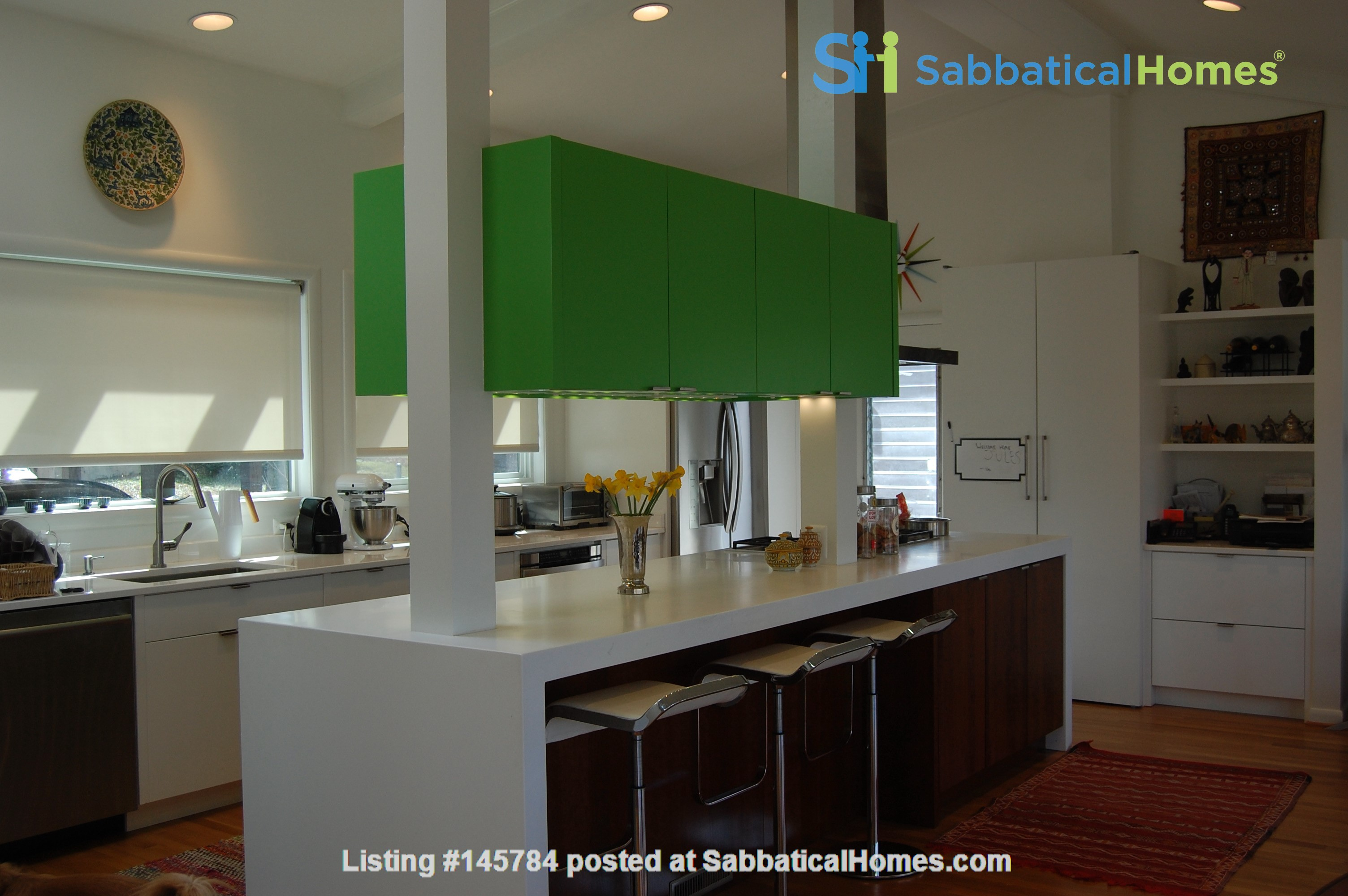 Renovated mid-century modern home (furnished) in desirable Chevy Chase, MD Home Rental in Chevy Chase 3
