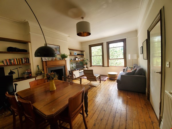 Manchester UK: Spacious, Quiet, Sunlight Filled Flat in Great Neighbourhood Home Rental in  2 - thumbnail