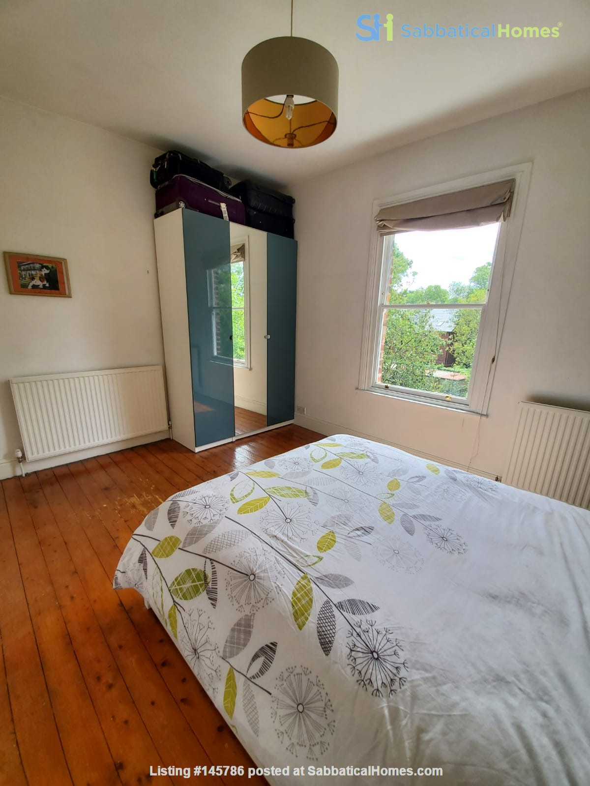Manchester UK: Spacious, Quiet, Sunlight Filled Flat in Great Neighbourhood Home Rental in  3