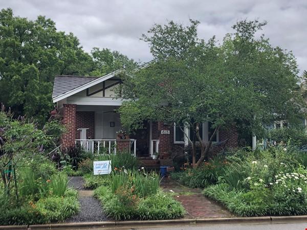 Charming 3 bedroom bungalow in Baton Rouge, Louisiana near LSU Home Rental in Baton Rouge 0 - thumbnail
