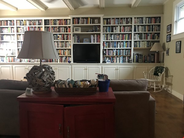 Charming 3 bedroom bungalow in Baton Rouge, Louisiana near LSU Home Rental in Baton Rouge 9 - thumbnail