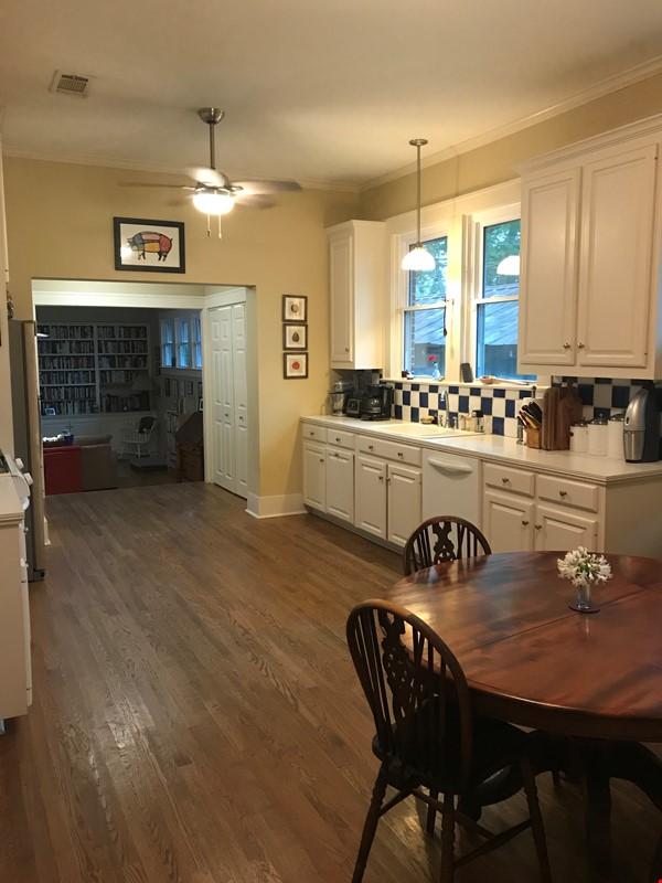 Charming 3 bedroom bungalow in Baton Rouge, Louisiana near LSU Home Rental in Baton Rouge 5 - thumbnail