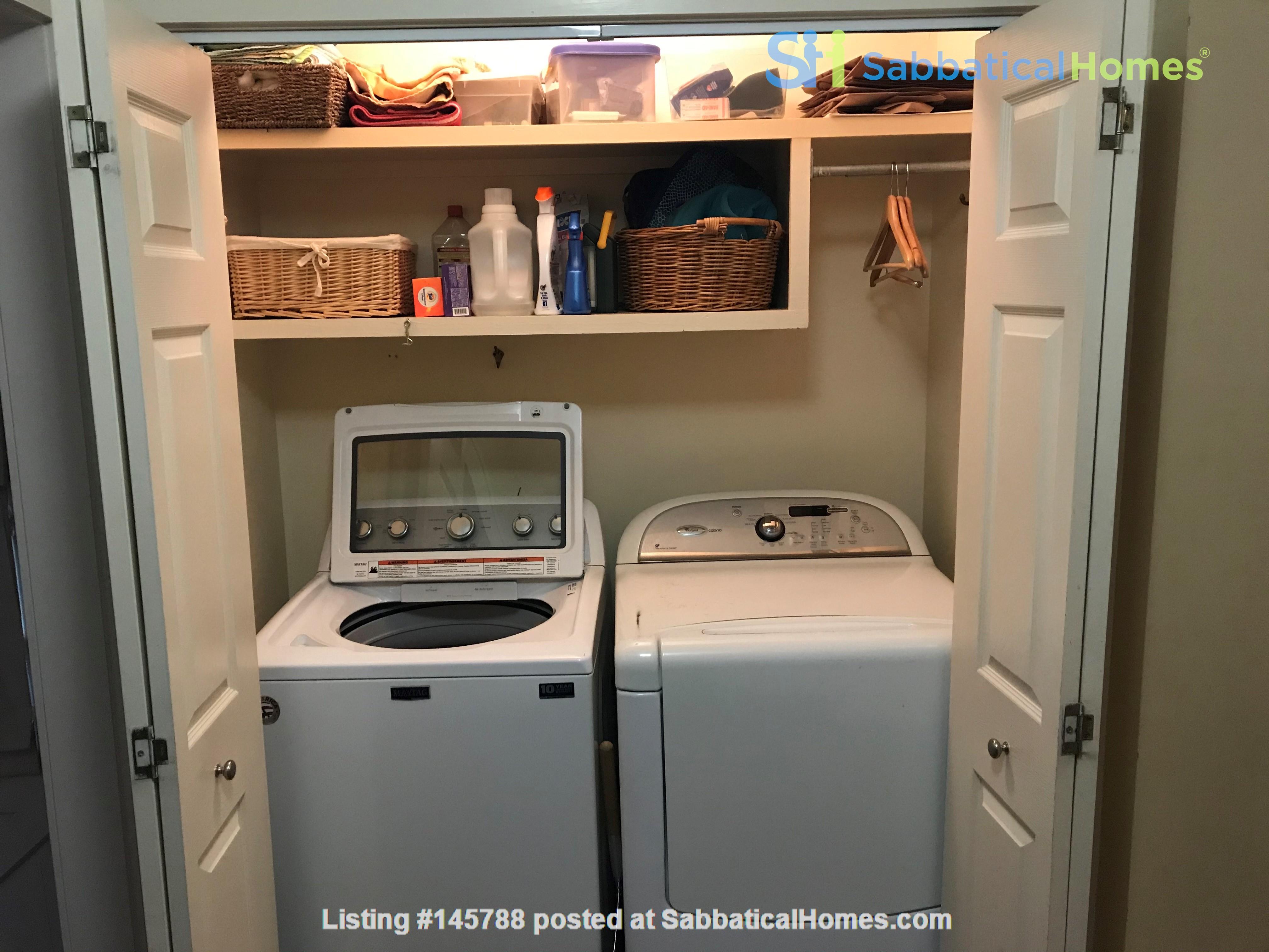 Charming 3 bedroom bungalow in Baton Rouge, Louisiana near LSU Home Rental in Baton Rouge 6