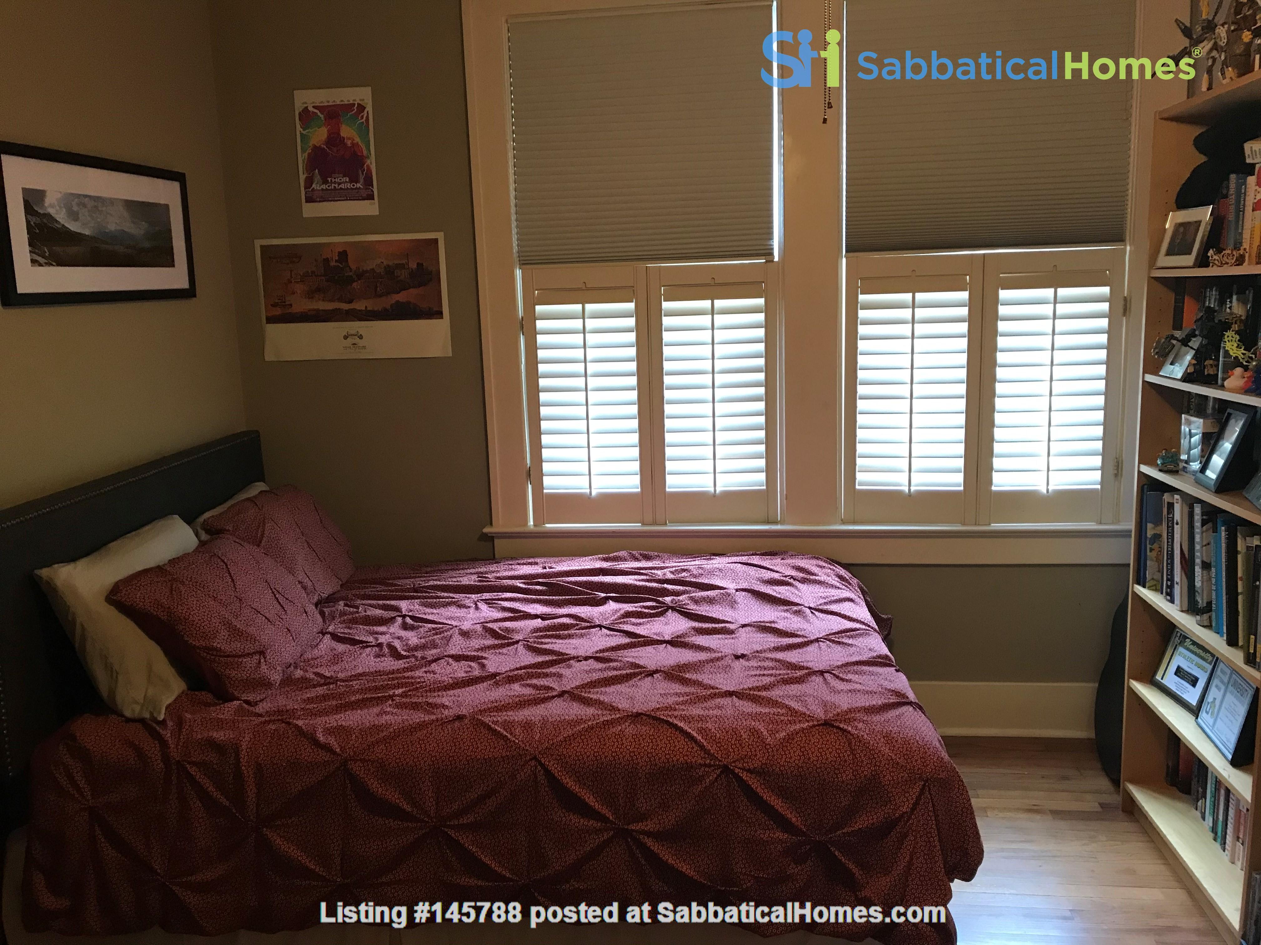 Charming 3 bedroom bungalow in Baton Rouge, Louisiana near LSU Home Rental in Baton Rouge 8