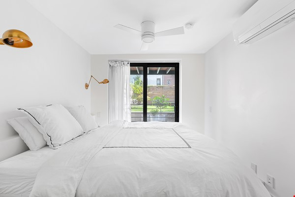 A unique Architectural gem in Fort Greene, Brooklyn Home Rental in  7 - thumbnail