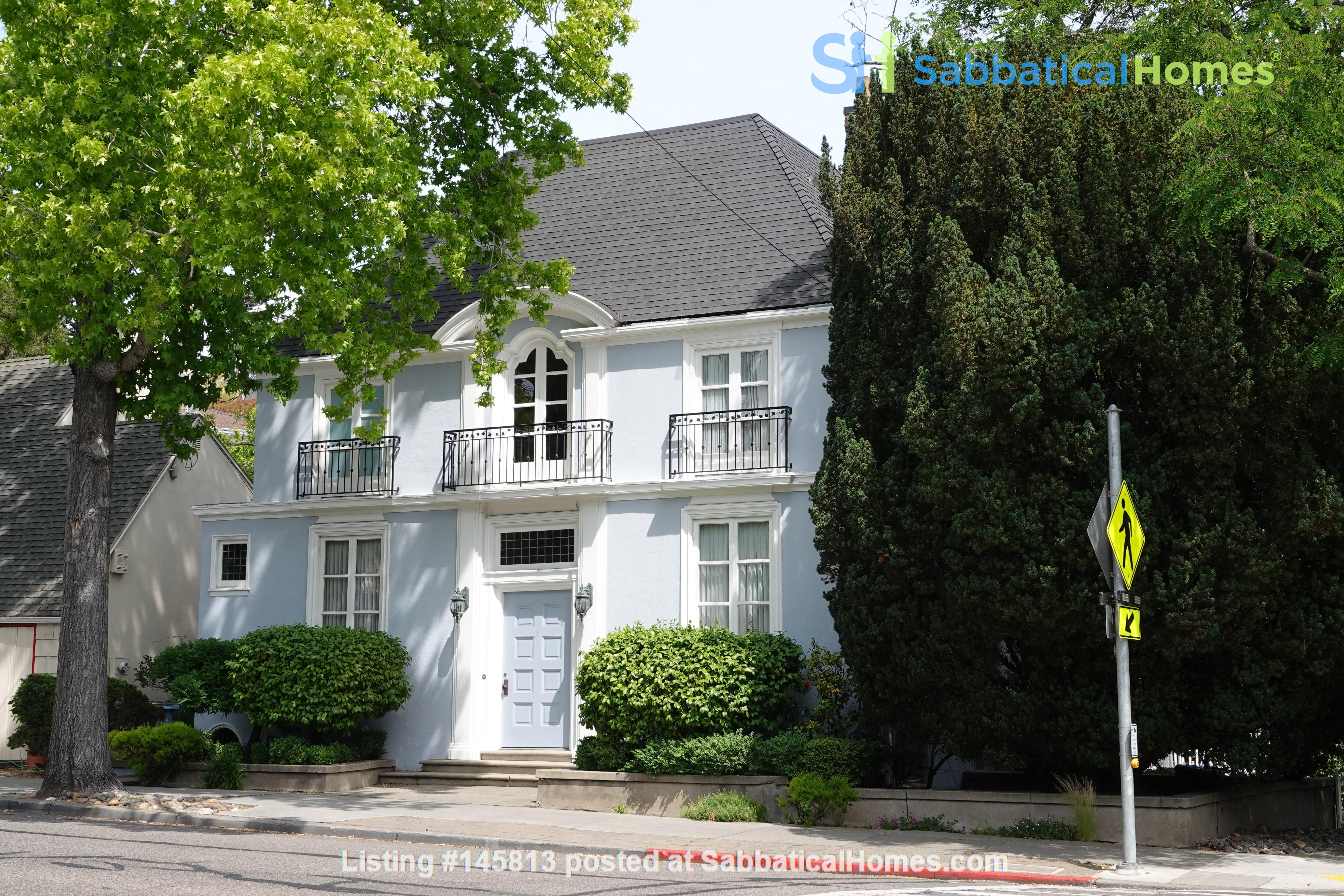Looking for 2-3 bedroom in New York City Home Exchange in Berkeley 0