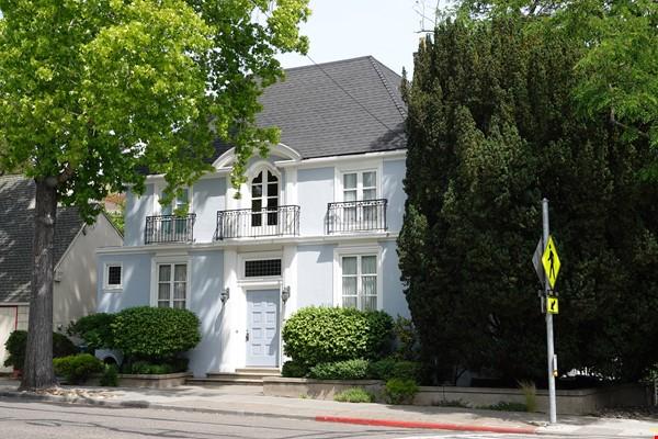 Looking for 2-3 bedroom in New York City Home Exchange in Berkeley 0 - thumbnail