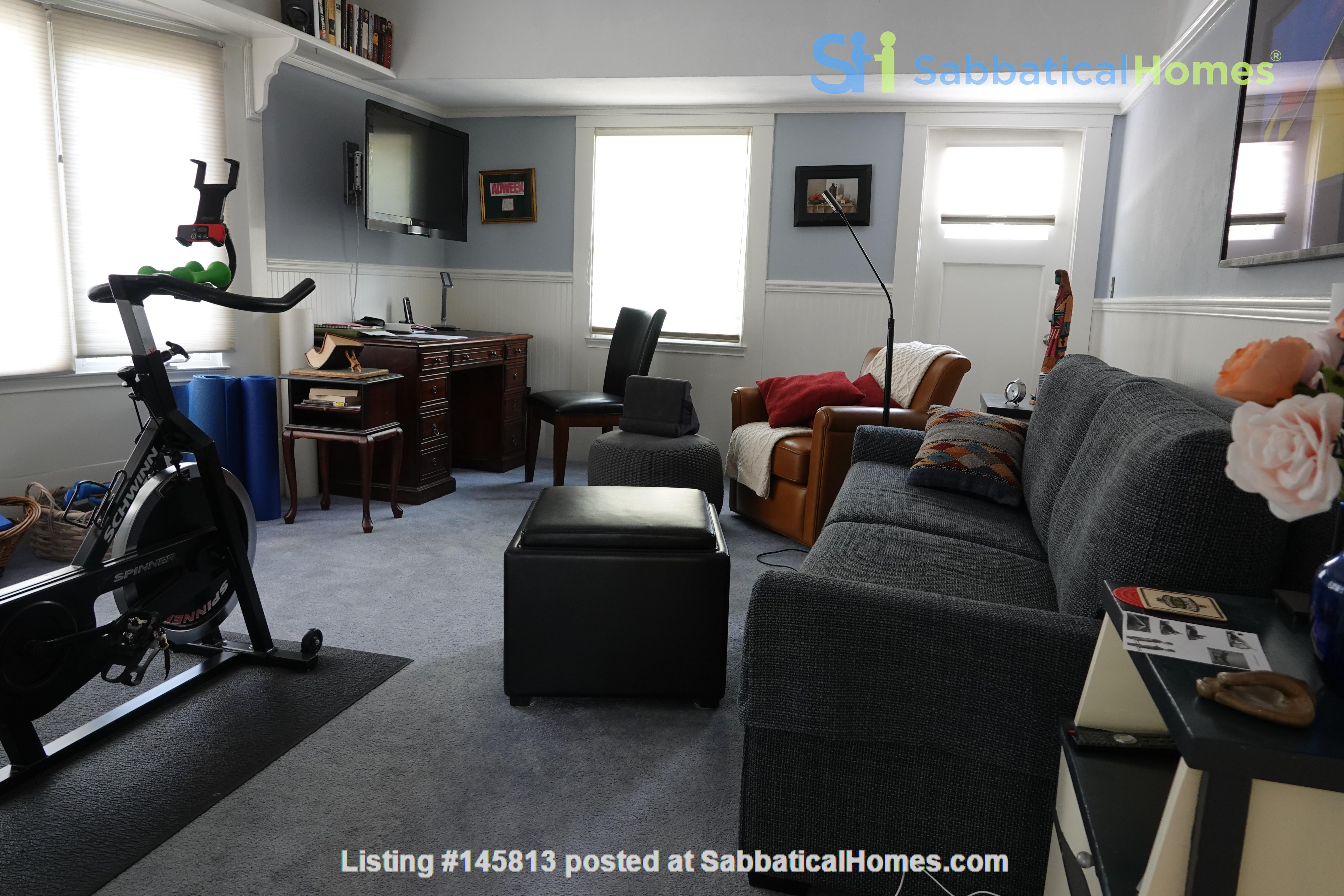 Looking for 2-3 bedroom in New York City Home Exchange in Berkeley 6