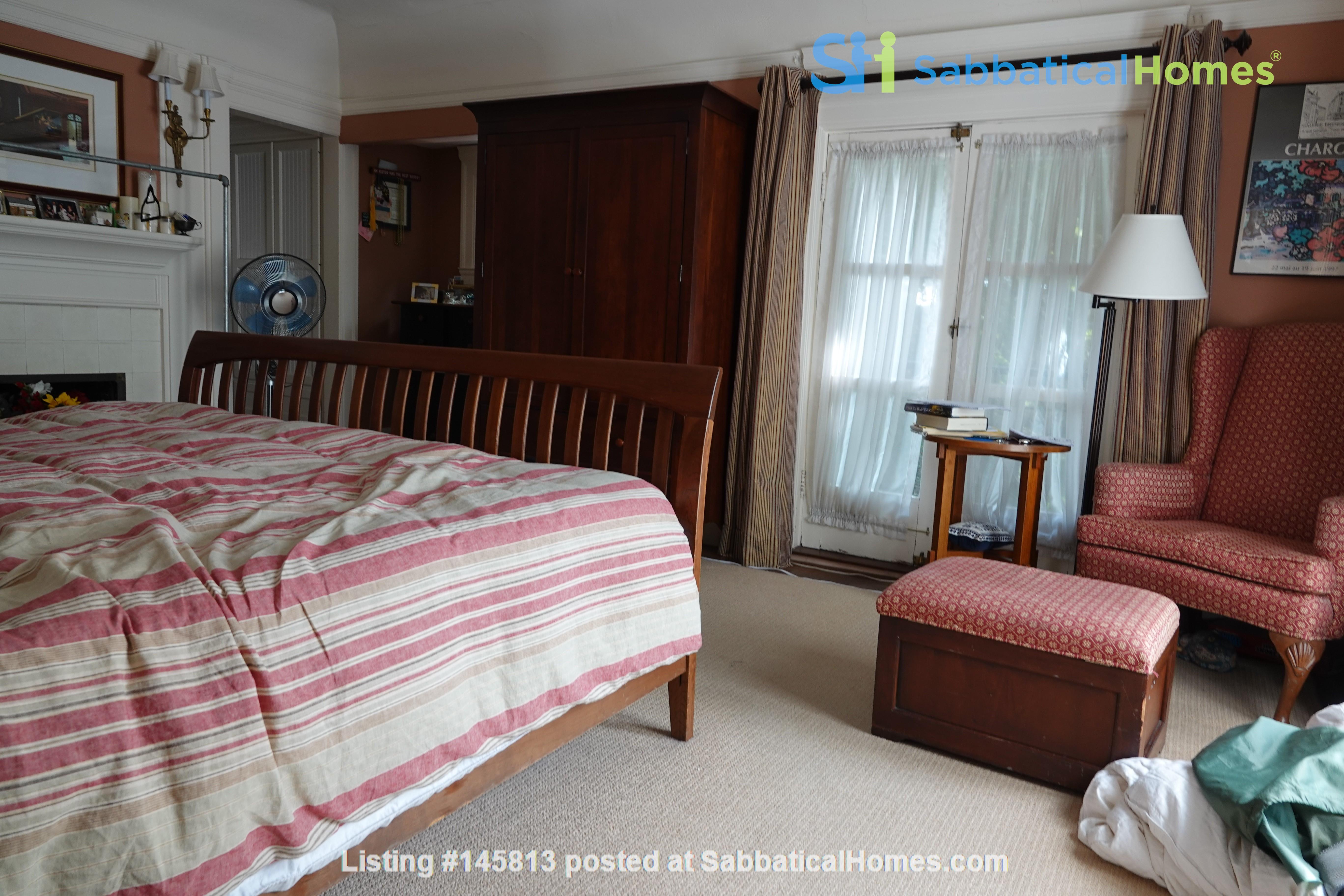 Looking for 2-3 bedroom in New York City Home Exchange in Berkeley 7