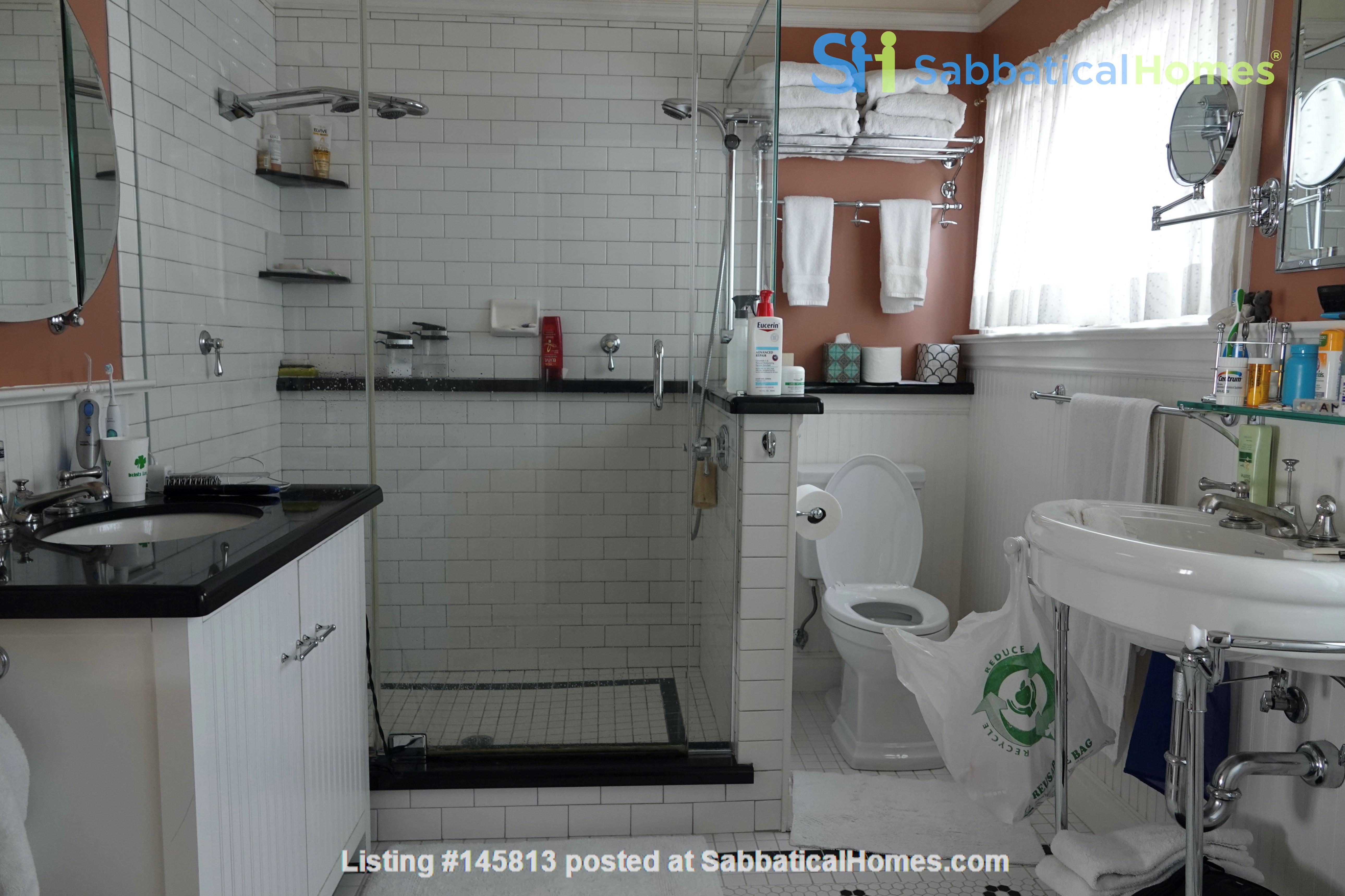 Looking for 2-3 bedroom in New York City Home Exchange in Berkeley 8