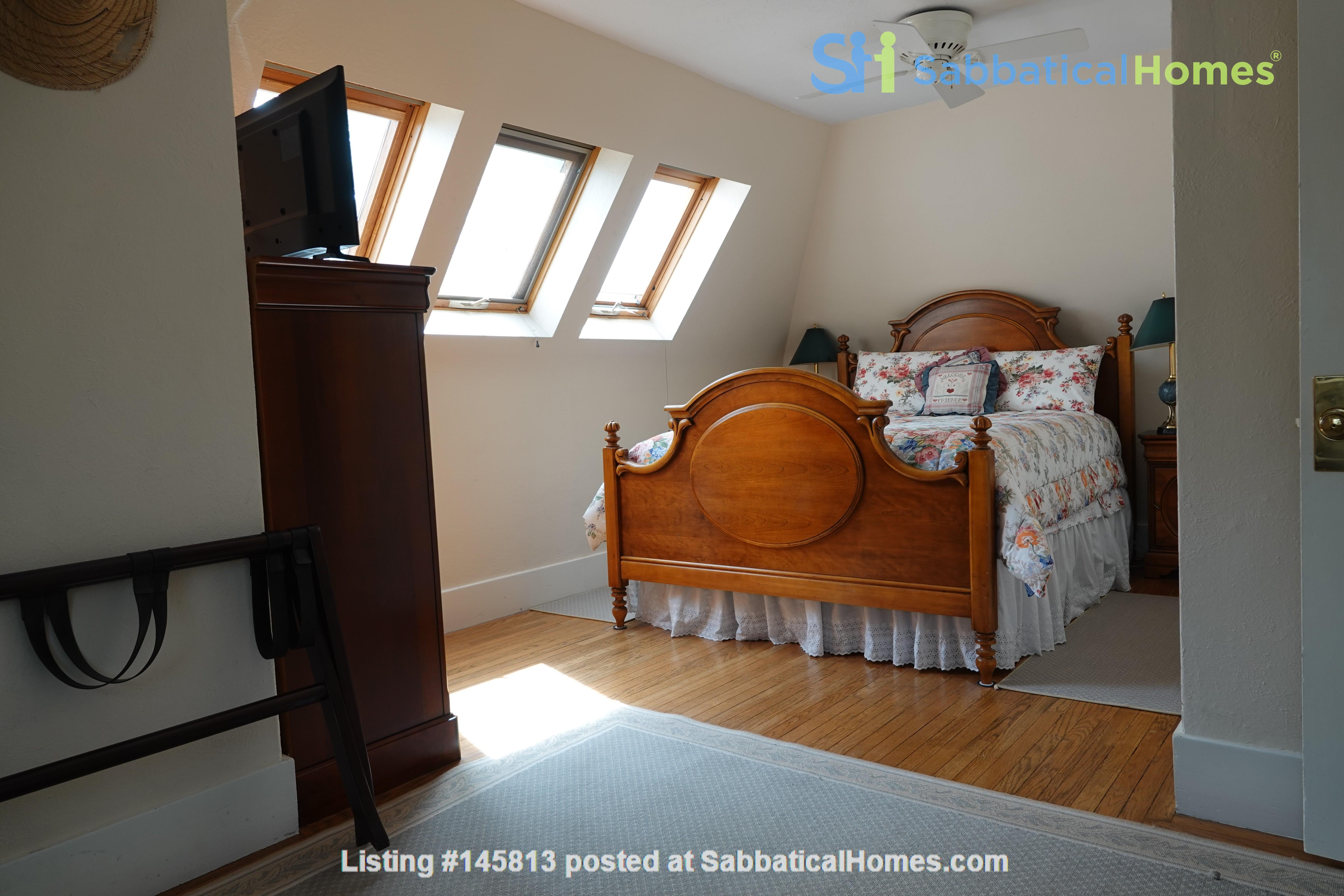 Looking for 2-3 bedroom in New York City Home Exchange in Berkeley 9