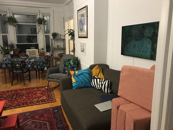 Spacious and light-filled 2-bedroom apartment near Columbia, doorman Home Rental in New York 1 - thumbnail