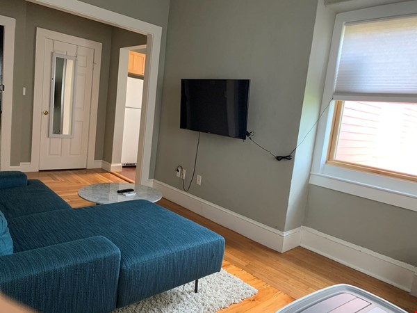 Harvard MIT HKS HBS! Fully furnished all utilities! Pets OK! No fee! Home Rental in Cambridge 6 - thumbnail