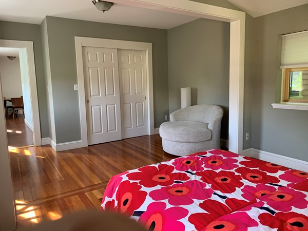 Harvard MIT HKS HBS! Fully furnished all utilities! Pets OK! No fee! Home Rental in Cambridge 0 - thumbnail