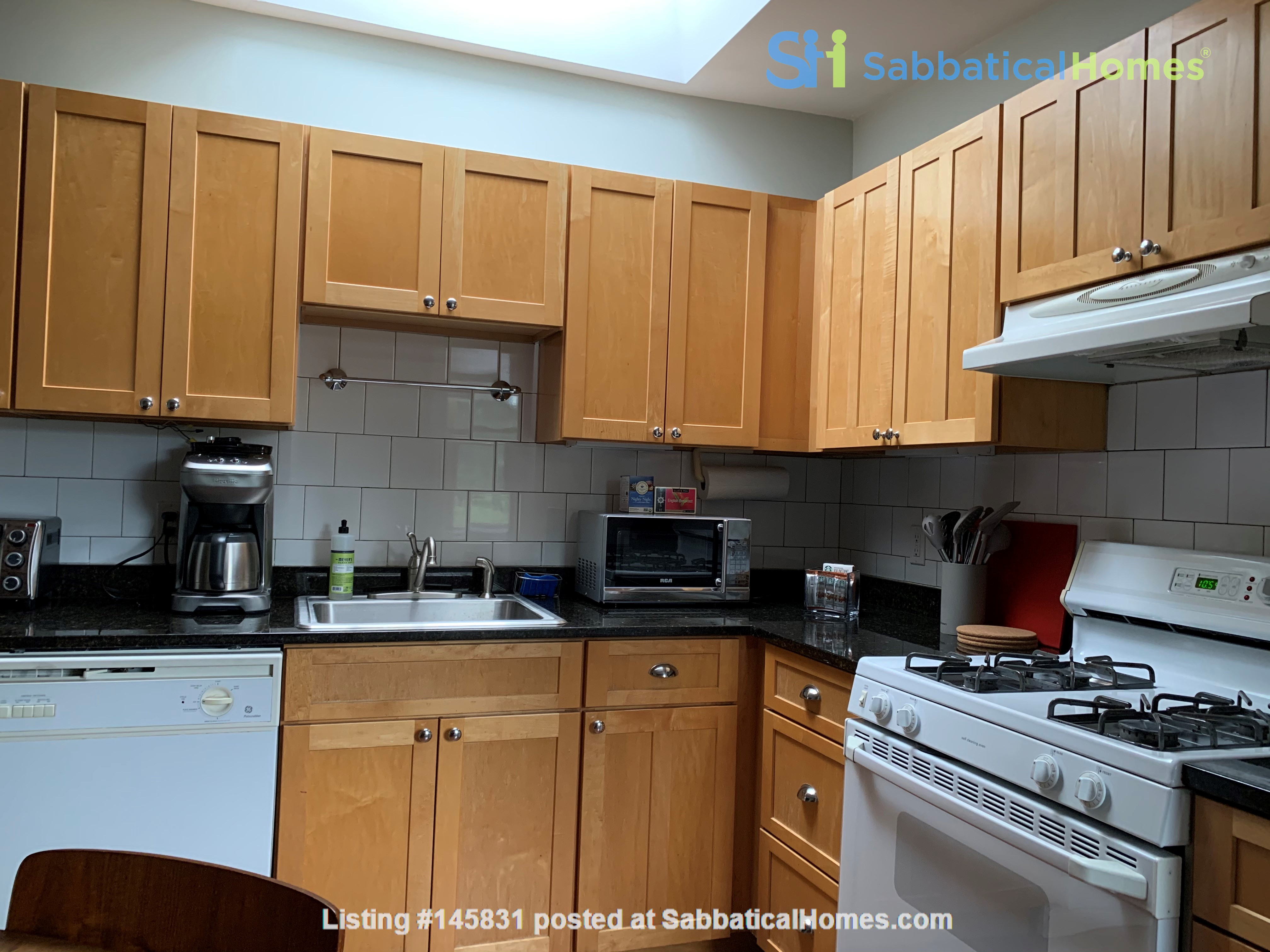 Harvard MIT HKS HBS! Fully furnished all utilities! Pets OK! No fee! Home Rental in Cambridge 1